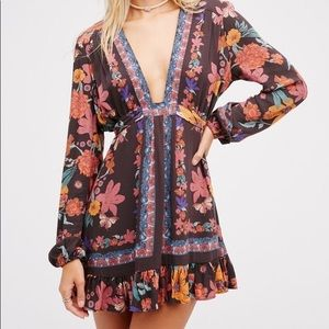 🐙 Free People Violet Hill Tunic 🐙